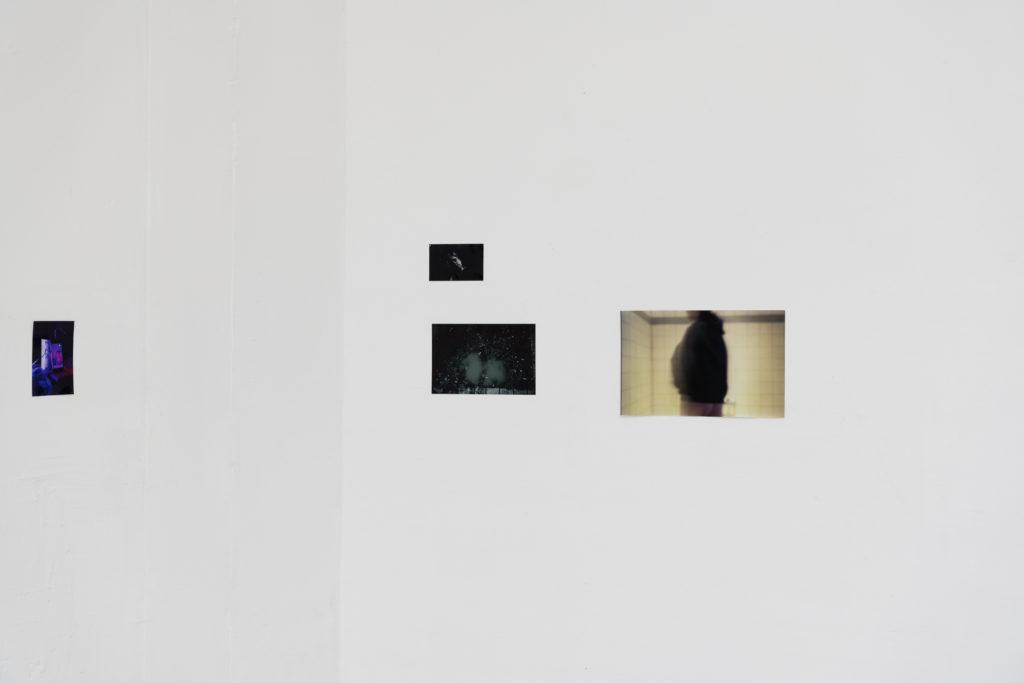 Aaron Gaab, glances from the backseat, C-Prints, 2020