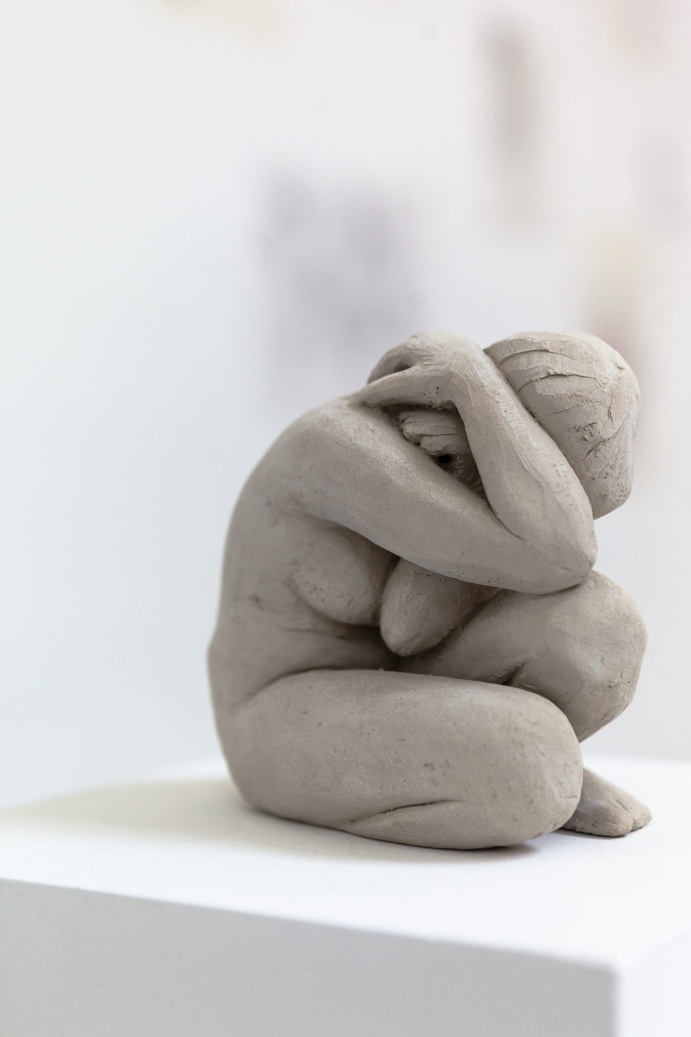 Franziska Dathe, Bedrückung, Ton (ungebrannt), 17 x 10 x 13 cm, 2021
