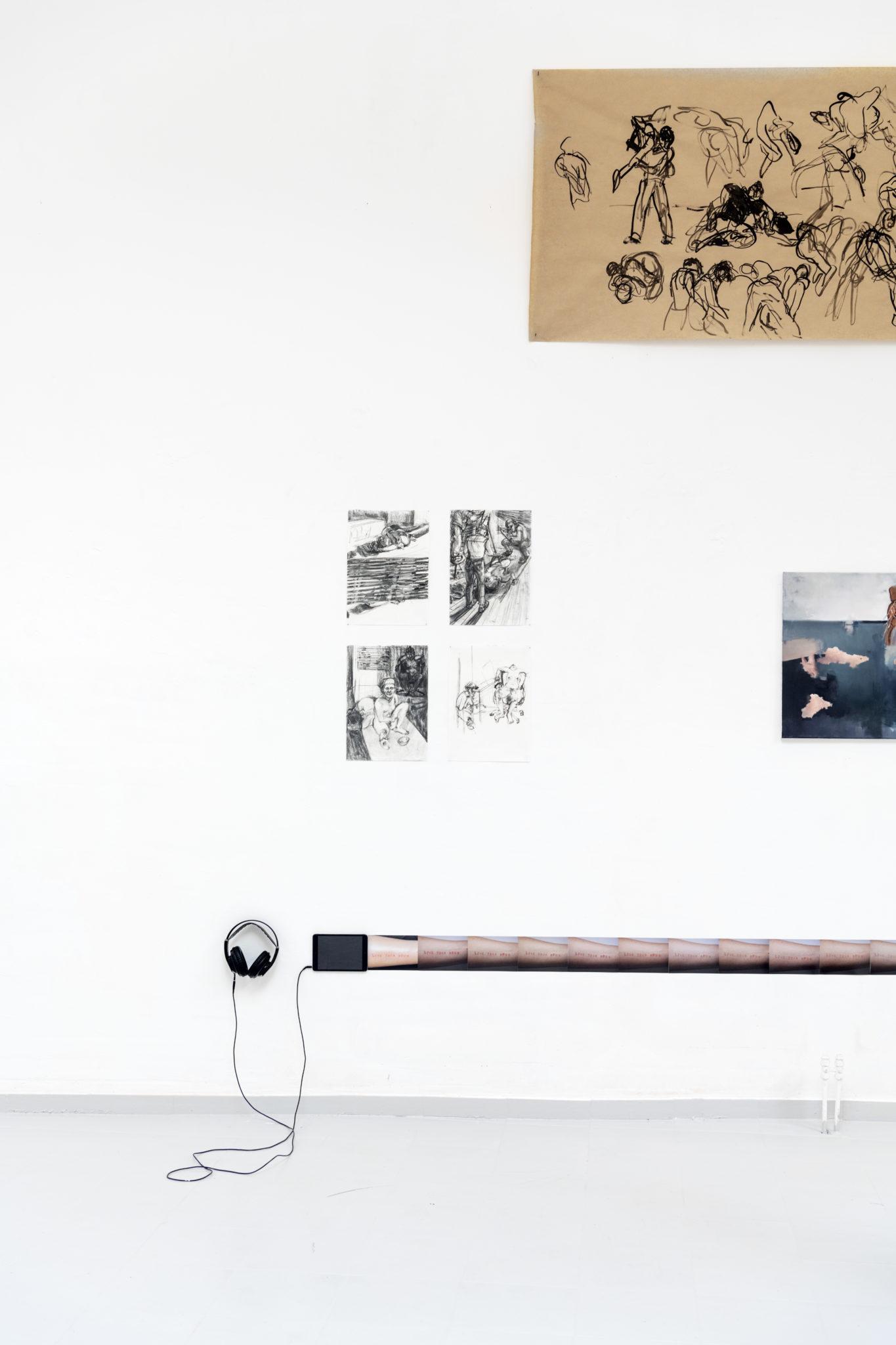 Franziska_Koch_Contact_Improvisation_Tusche_auf_Papier_100x240_2020_ohne_Titel_Kohle_auf_Papier_42x 30_2019_
